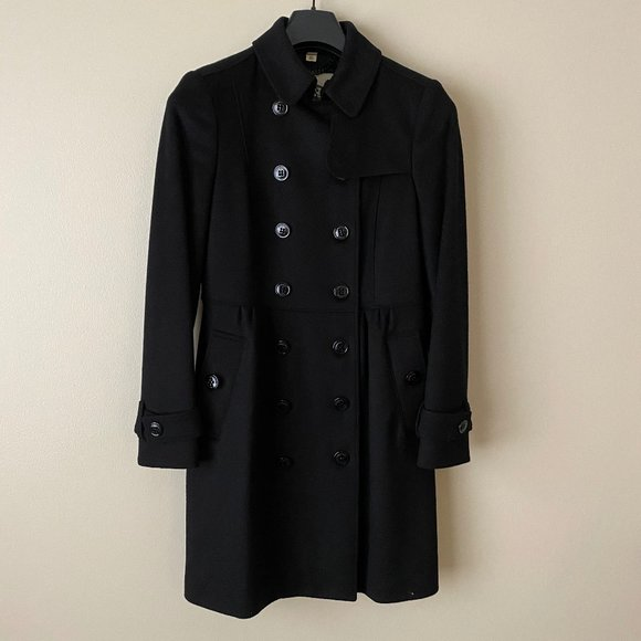 black Burberry Wool/cashmere coat with fur collar